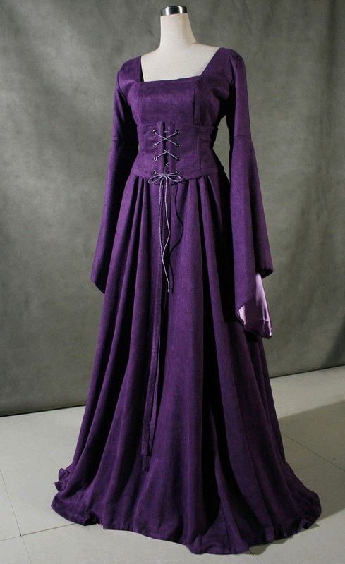 Gowns Pagan Wicca Witch:  Purple Renaissance Gown.
