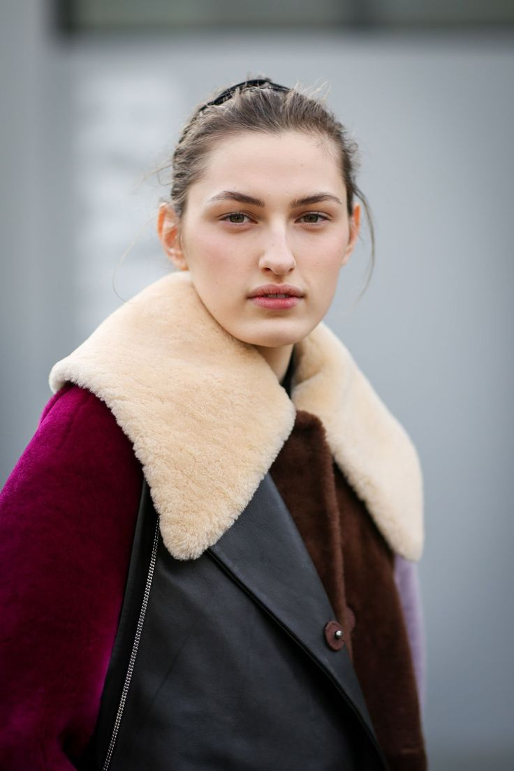 Color-blocking works with textures, too. #refinery29 http://www.refinery29.com/2015/02/82710/london-fashion-week-2015-street-style#slide-45