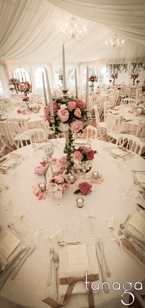 Wedding centerpiece, floral shabby with pastel pinked flowers, wedding stationery with rubbon napkin ring, all by #tanaga ambiance designer