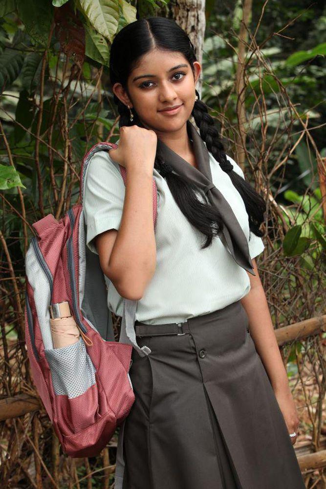 Swapna Sanchari Malayalam Movie Swapna Sanchari Actress Names Swapna Malayalam Actress Action H School Girl Dress Most Beautiful Indian Actress Anu Emmanuel