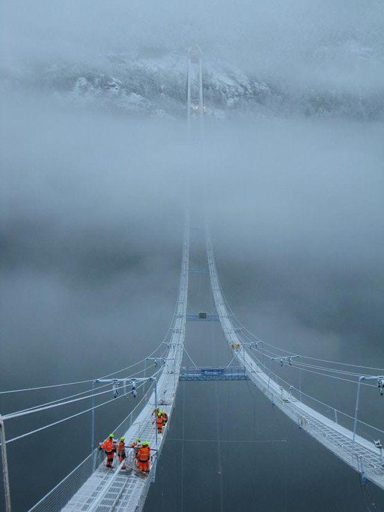 Angst overwinnen en ervoor gaan!  The Norway Sky Bridge