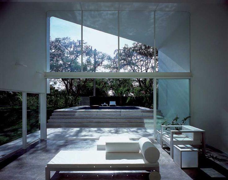 Suntro House by Jorge Hernandez de la Garza