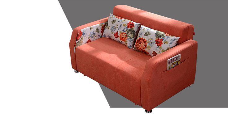 Оранжевый деревянный диван с механизмом раскладывания на колесиках можно купить в онлайн-каталоге https://lafred.ru/catalog/catalog/detail/18285159824/