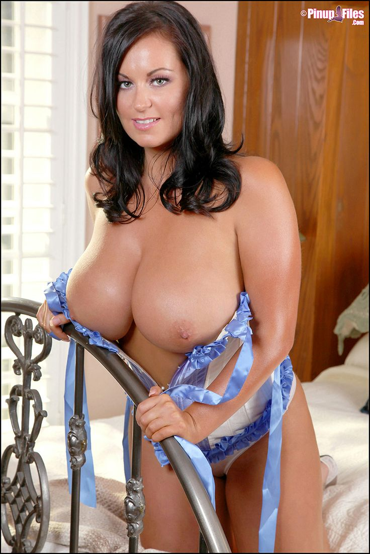 Hope busty mature sara of guy