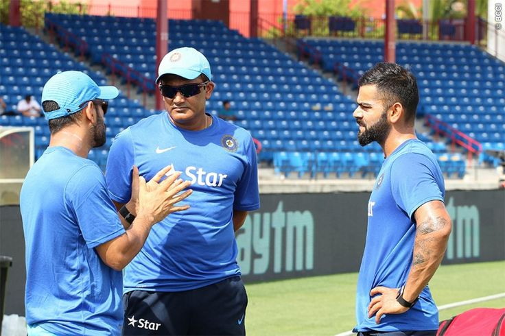 How Coach Anil Kumble Defined Virat Kohli And MS Dhoni - http://pagedesignshop.com/how-coach-anil-kumble-defined-virat-kohli-and-ms-dhoni/