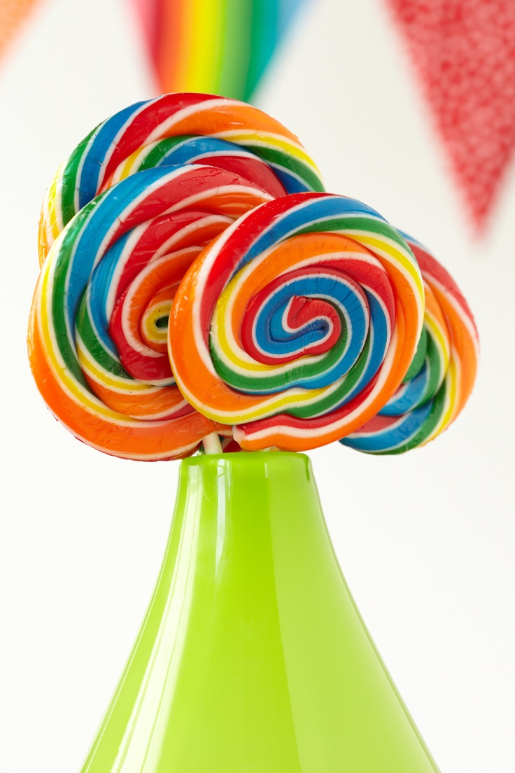 Swirl Lollipops. These iconic confectionaries make for the perfect rainbow favor for sweet-toothed baby shower guests.