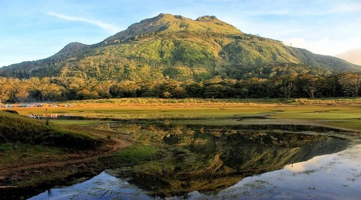 Top Philippines Sightseeing Attractions -  Mount Apo is the most astounding mountain in the Philippines, exceptionally known not mountain climbers.