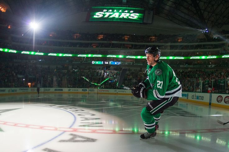 Is It Time for the Dallas Stars to Part Ways with Travis Moen? - http://thehockeywriters.com/is-it-time-for-the-dallas-stars-to-part-ways-with-travis-moen/