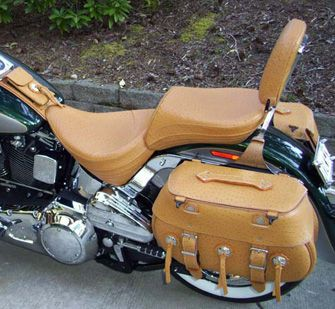 The Leatherworks Leather Saddlebags, Swingarm Bags, Solo Bags, Small Saddlebags and Motorcycles Tool Bags