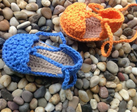 Crochet Pattern Baby Espadrilles with Starfish by nuttypatterns