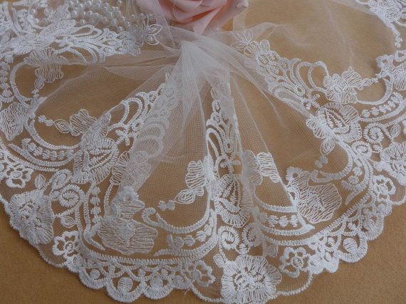 Retro Embroidery Tulle Lace, White Lace Trim, Vintage Bridal Veils Lace, Wedding Gown Lace Fabric Trim    This listing is for 1 yard.    Width: 7.87