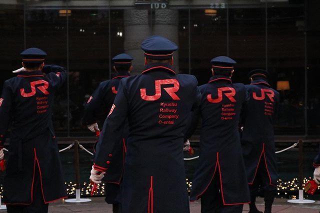 jr九州櫻燕隊ハッシュタグ instagram 写真と動画 軍の服装 九州 パフォーマー