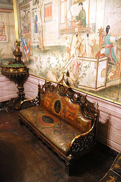 Asian Sofa , Palazzo Mirto, Sicily