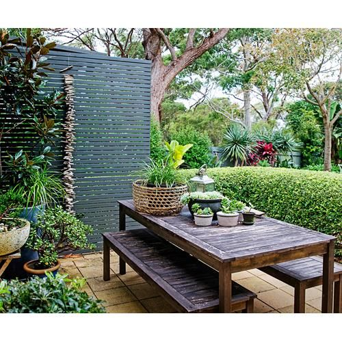 A Balinese holiday inspired the design of this tropical garden in Sydney's Northern Beaches.