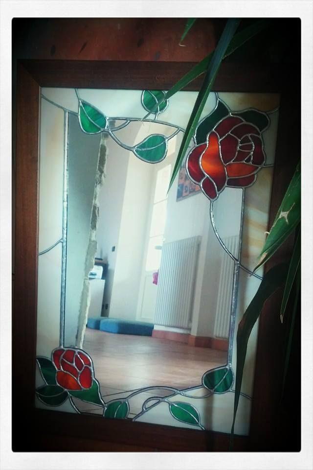 Specchio decorato con tecnica Tiffany in cornice di legno