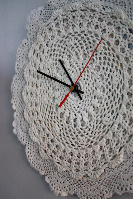 clock with crochet doilies of any or many colors. You can also attach numbers or items for a more personal style