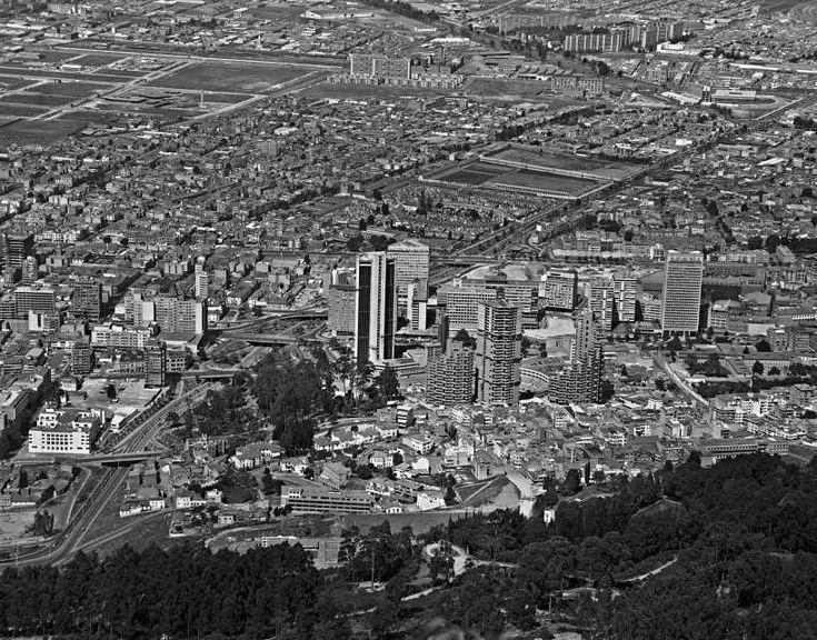 Panorámica de Bogotá. Distintos aspectos. 1970 Saúl Orduz Fondo Saúl Orduz…