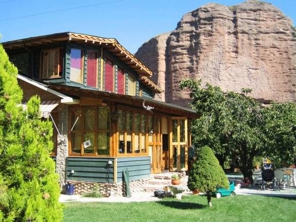 17 best images about casas originales en fotoalquiler on for Hoteles con piscina en la rioja