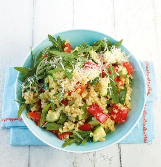 Weizen-Risotto: Statt Reis nehmen wir heute gesunden Zartweizen. Er ist reich an Kohlenhydraten, Vitamin B5 und Spurenelementen. Dazu gibts viel frisches Gemüse.