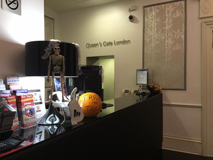 The Halloween spirit took over the interior areas of the The Queens Gate Hotel! Shall we spook you with our special decor? Happy Halloween everyone!