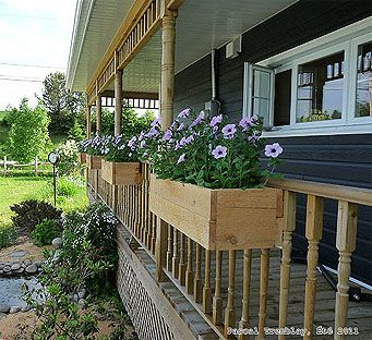 Diy Planter Box Build A Wooden Deck Rail Outside Pinterest Flower Bo Planters And