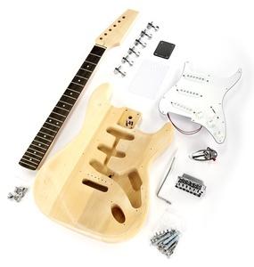 Voilà ma prochaine. J'espère pouvoir lui donner un look de Fender Stratocaster Rosewood