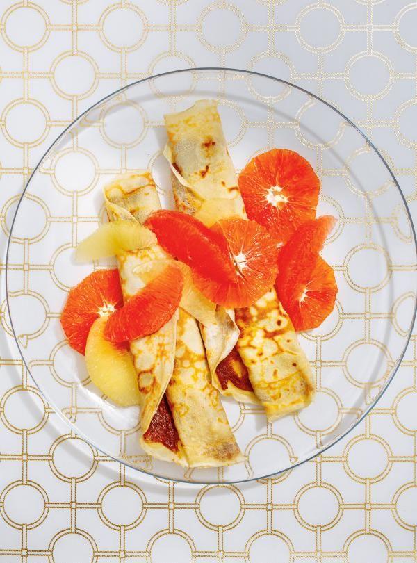 Crêpes aux dattes et aux agrumes