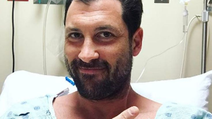 "Maksim Chmerkovskiy tore his calf muscle ""pretty badly,"" a source tells ET."