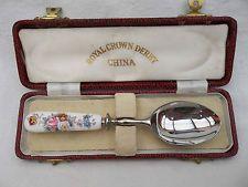 derby corona real cuchara de té del vintage hermoso en el caso original