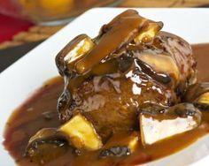 Receta para preparar Lomo de res con salsa de champiñones con instrucciones e ingredientes de Jazmin en Cocina33