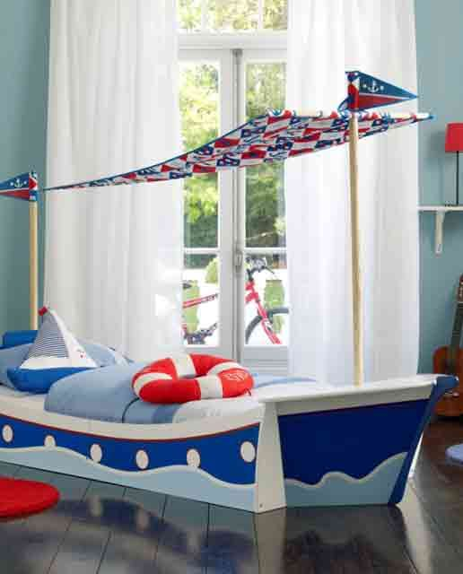 I love to get this for my nephew. (My bro was in the Navy and loves boats.) I know Corey had plans for building a plane-bed for our kids someday. :)