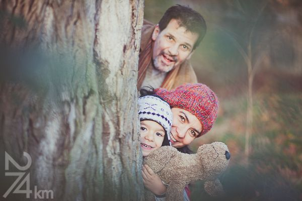 Fotógrafo de familia en Barcelona, photography, 274km, Gala Martinez, Hospitalet, family, exterior, bosque, bosc, forest, autumm, tardor, otoño,