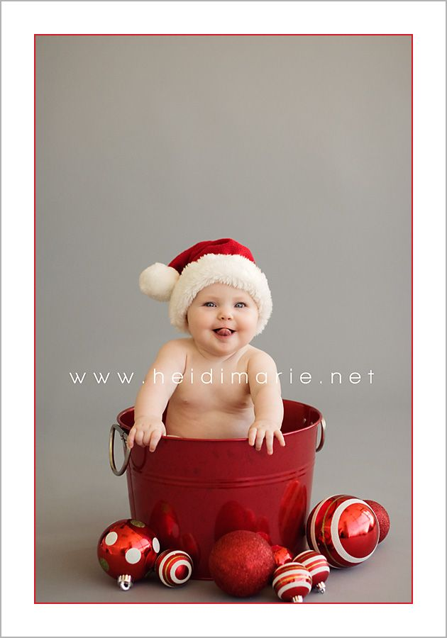Want to do a picture like this in front of our tree this year!!! Cant wait!!!