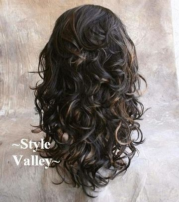 Long curly layers. Why can't my hair look like this? Learn How To Grow Luscious…