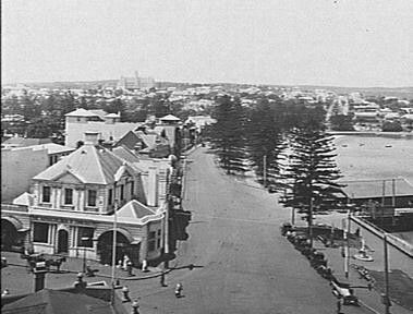 Manly Wharf and East Esplanade,in the Northern Beaches region of Sydney in 1922.