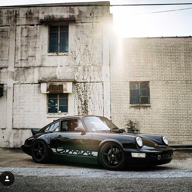 My Favorite 964 Out There Stunning Setup Great Pic Credit 911ducktail Porsche P Porsche Porsche 964 Porsche 911