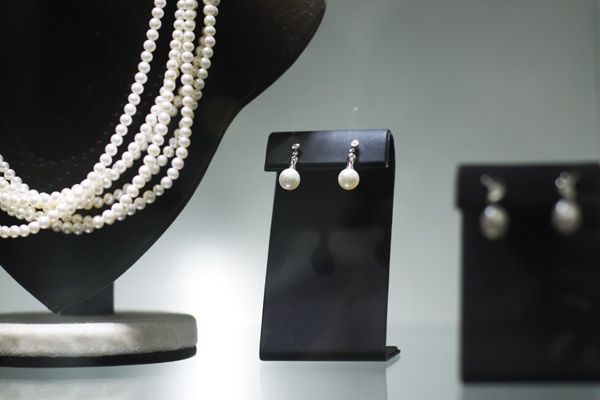 Perlas #pearls #earrings #necklace