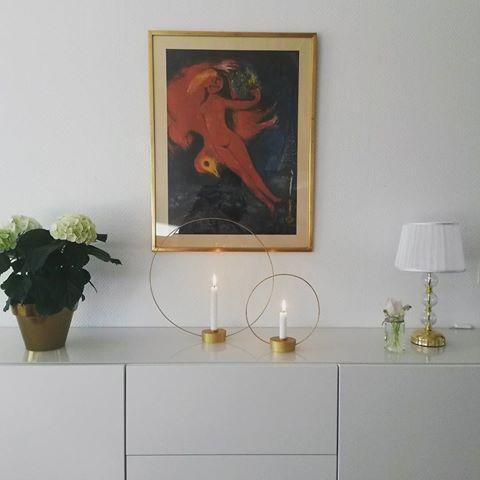 Mina gloria ljusstakar som jag pysslade ihop för några veckor sedan har nu fått sin plats på bestån!  #diygloria #diyklong #diyproject #diy #pysseltips #pyssel #gördetsjälv #återbruk #klongdiy #upcycle #gloria #klong #ljusstake #mässing #heminredning #inredning #interiör #interior #inspiration #homedecor #finahem #nordiskahem #interior4you #indretning #interior123 #interior_and_living #interior4all