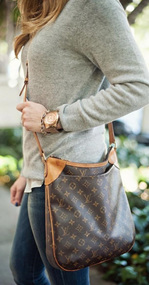 1bab505156e7 Louis Vuitton Designer handbags. Discover the current designer LV ...