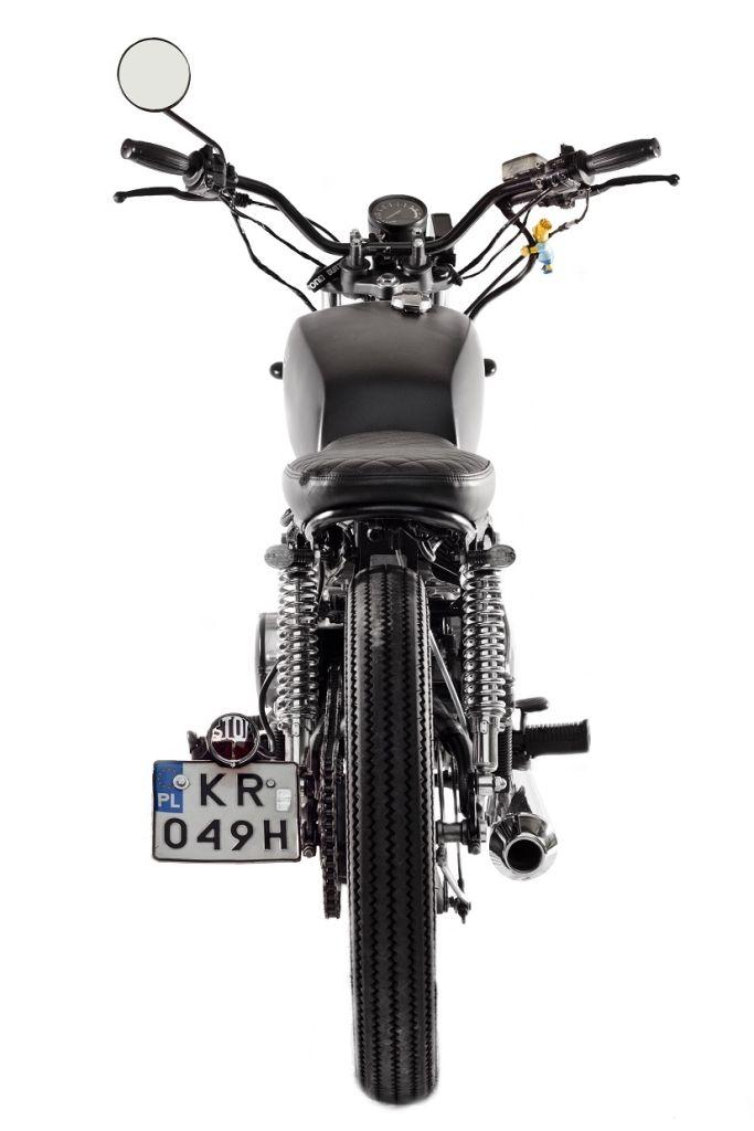 YAMAHA_XS 400 rear