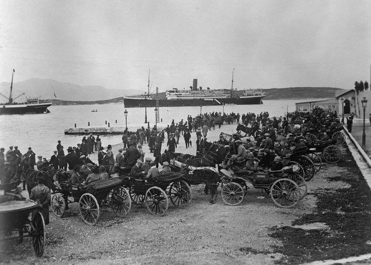 φωτογράφος άγνωστος Κέρκυρα, στο λιμάνι, 1900 - 1920, μερική άποψη,