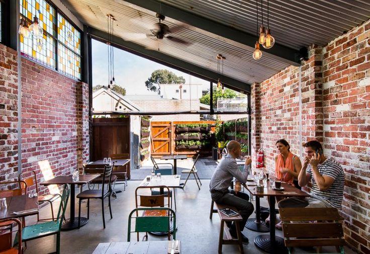 Solomon's Cafe | FINESPUN