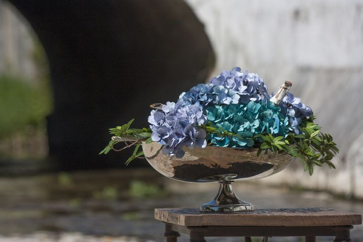 Oval Bowl Metal/ Crystal Silver  #PureLiving #GreenApple #GAhomestyle #homestyle #bowl #crystal #silver #crystal