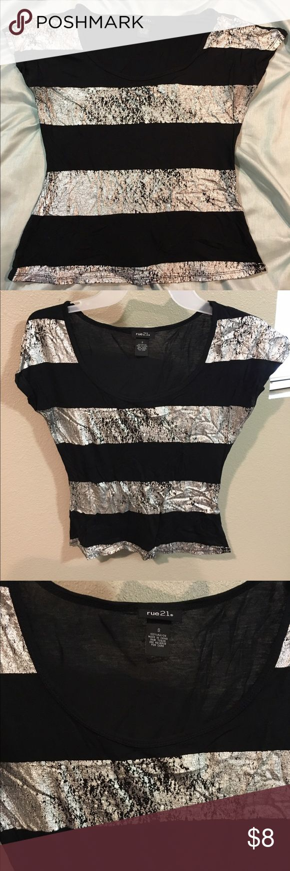 Rue21 black and silver blouse Black and silver blouse from Rue21 Rue21 Tops Blouses