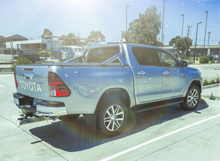 Toyota Hilux (2020) Carros