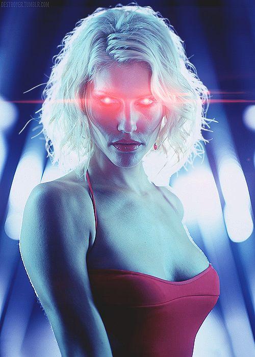 Caprica Six - Tricia Helfer - Battlestar Galactica 2004–2009