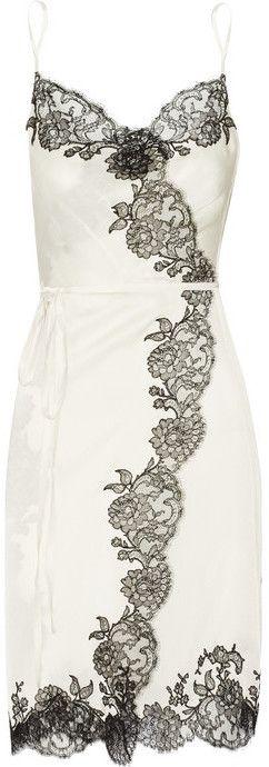 Carine Gilson Sonia lace-trimmed silk-satin wrap chemise