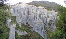 Putangirua Pinnacles (earth pillars), Wairarapa, New Zealand.  Hoodoo (geology) - Wikipedia, the free encyclopedia