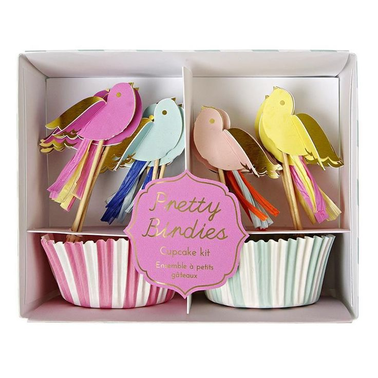 Meri Meri TOOT SWEET PRETTY BIRDIES CUPCAKE KIT cake cases & 3D bird toppers