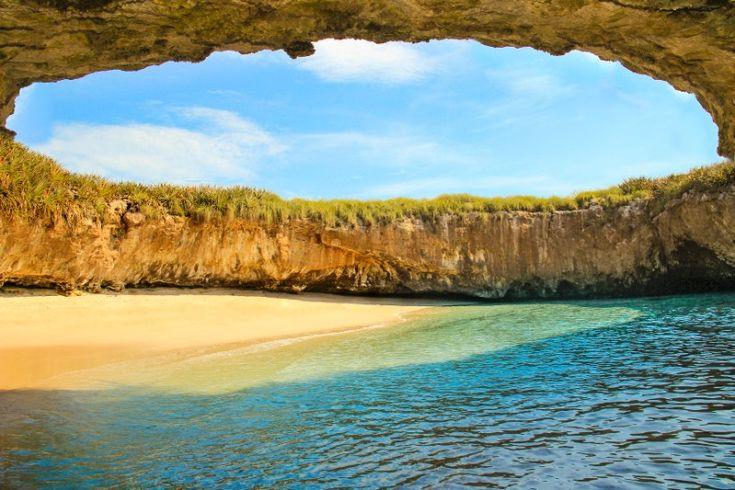 L'inimaginable plage cachée des îles Marieta